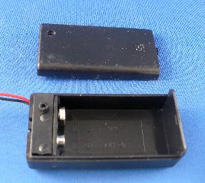 9 volt battery box w/ cover - Click Image to Close